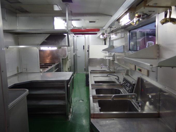リニア・鉄道館東海道新幹線初代0系食堂車の厨房