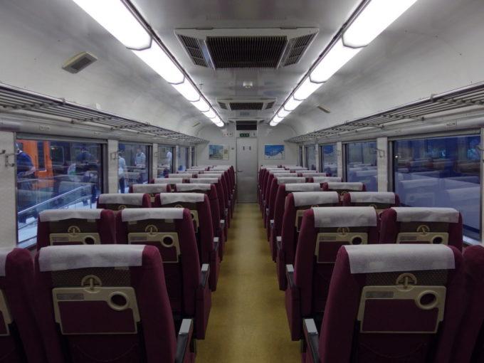 リニア・鉄道館キハ181系車内