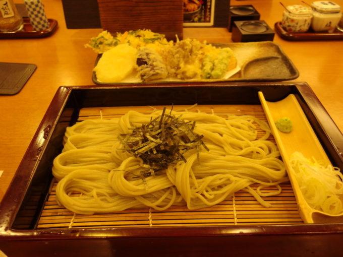 越後長岡小嶋屋CoCoLo新潟店野菜天へぎ