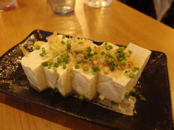 石垣島居酒屋8番地島豆腐の冷奴