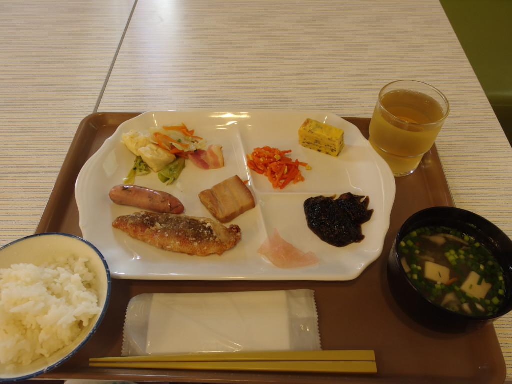 ベッセルホテル石垣島1泊目朝食
