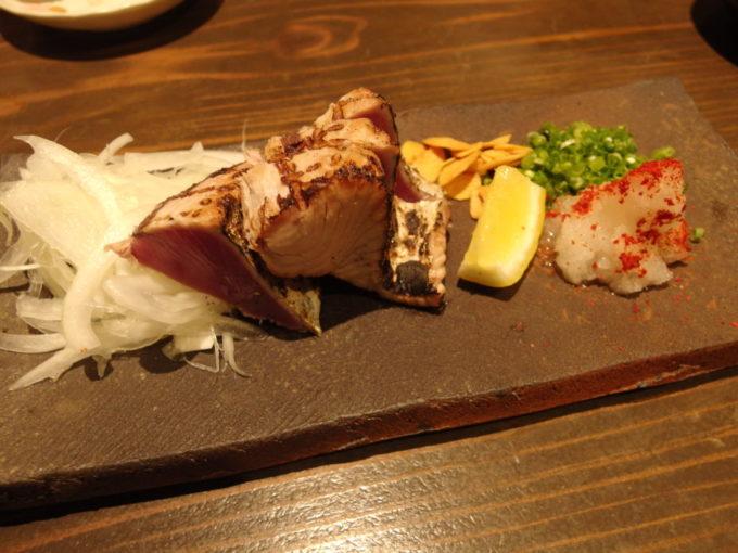 石垣島海鮮肉料理あきらかつおのたたき