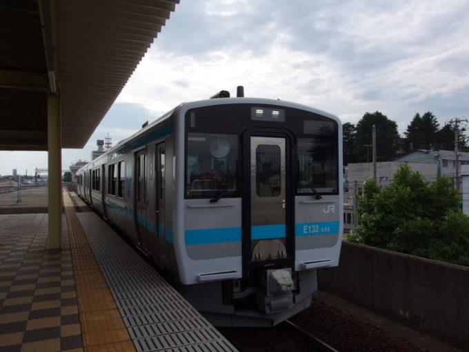 八戸線キハE130八戸行き
