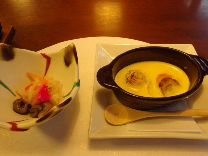 蔦温泉旅館1泊目夕食焼皿と酢物