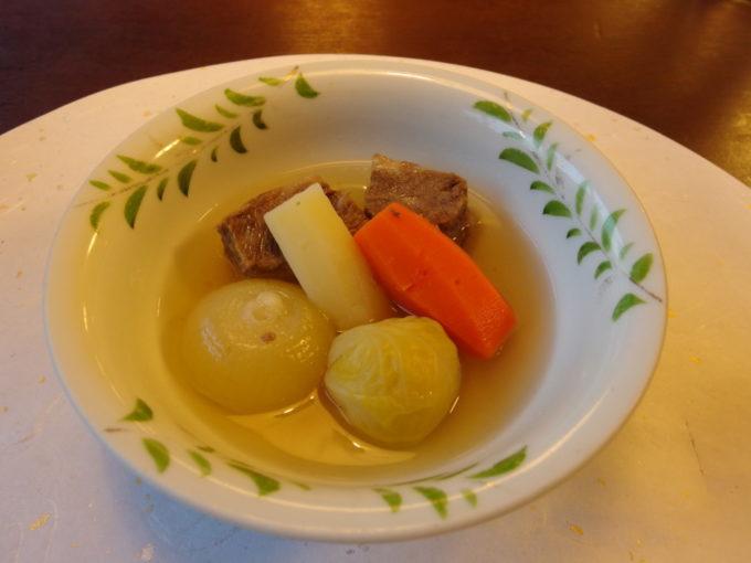夏の蔦温泉旅館2泊目県産牛ほほ肉和風煮込み