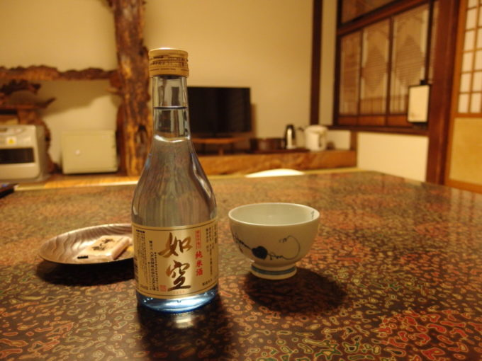 夏の蔦温泉旅館夜のお供に八戸酒類如空家伝手造り純米酒