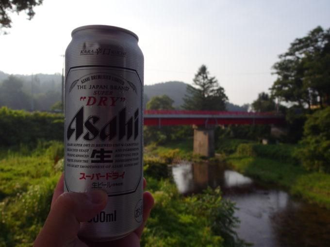 赤倉温泉湯守の宿三之亟小国川のせせらぎをつまみに湯上りの冷たいビールを