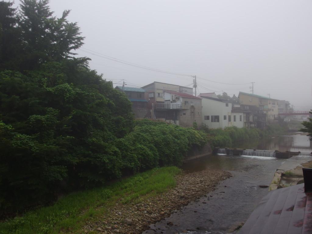 赤倉温泉湯守の宿三之亟で眺める朝靄