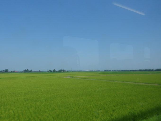 陸羽東線キハ110は山を下り古川の田園地帯へ