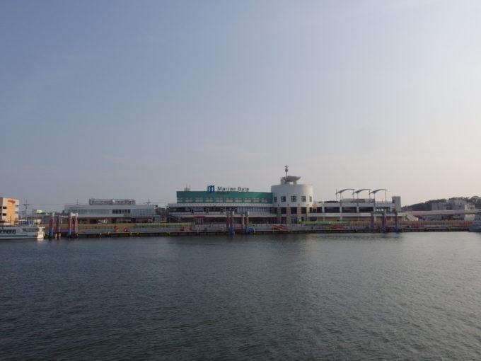 日本三景松島丸文松島汽船船上から望むマリンゲート塩釜