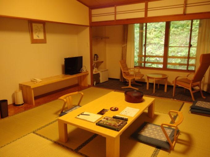休暇村岩手網張温泉東館森林側和室