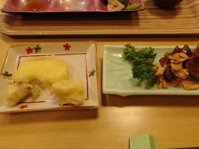 休暇村岩手網張温泉2泊目夕食岩手産しいたけとりんごの天ぷら