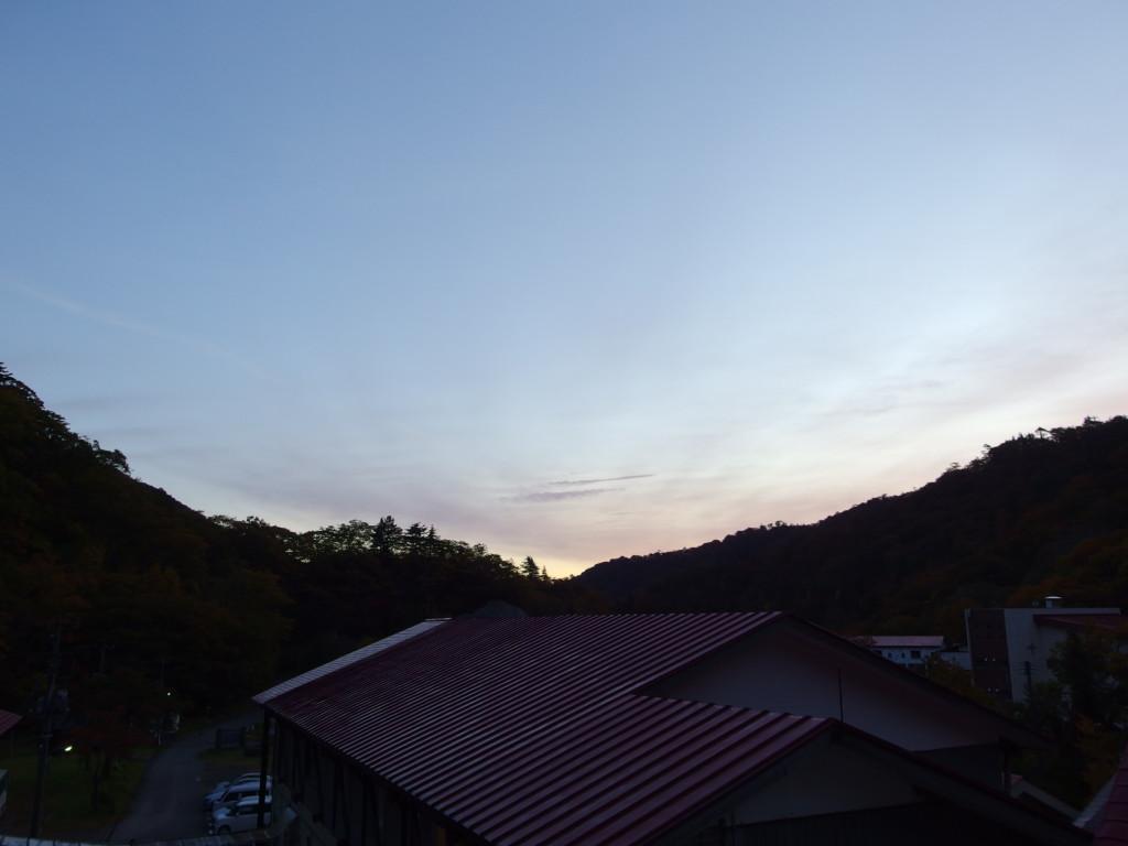 秋の夏油温泉元湯夏油で迎える爽やかな朝