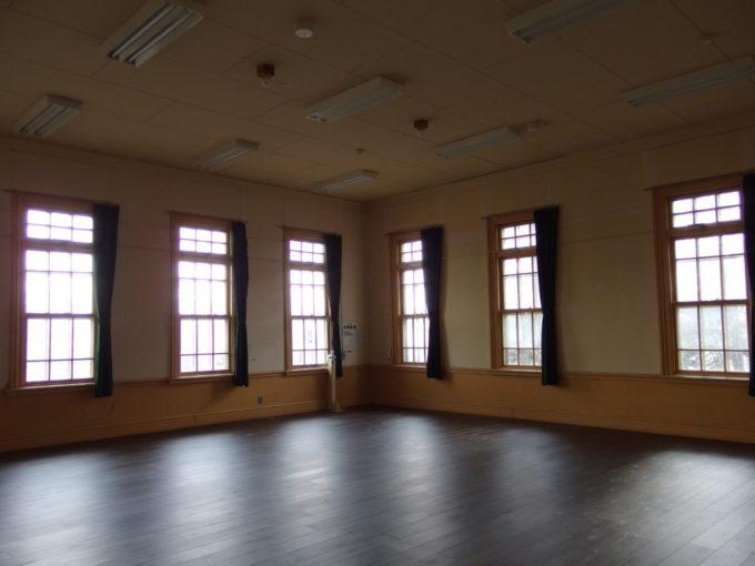 青森市森林博物館往時の面影を残す学習室