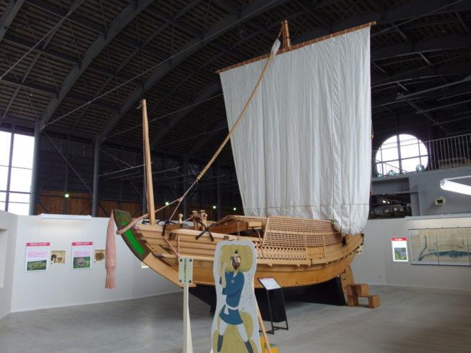 あおもり北のまほろば歴史館復元された北前船