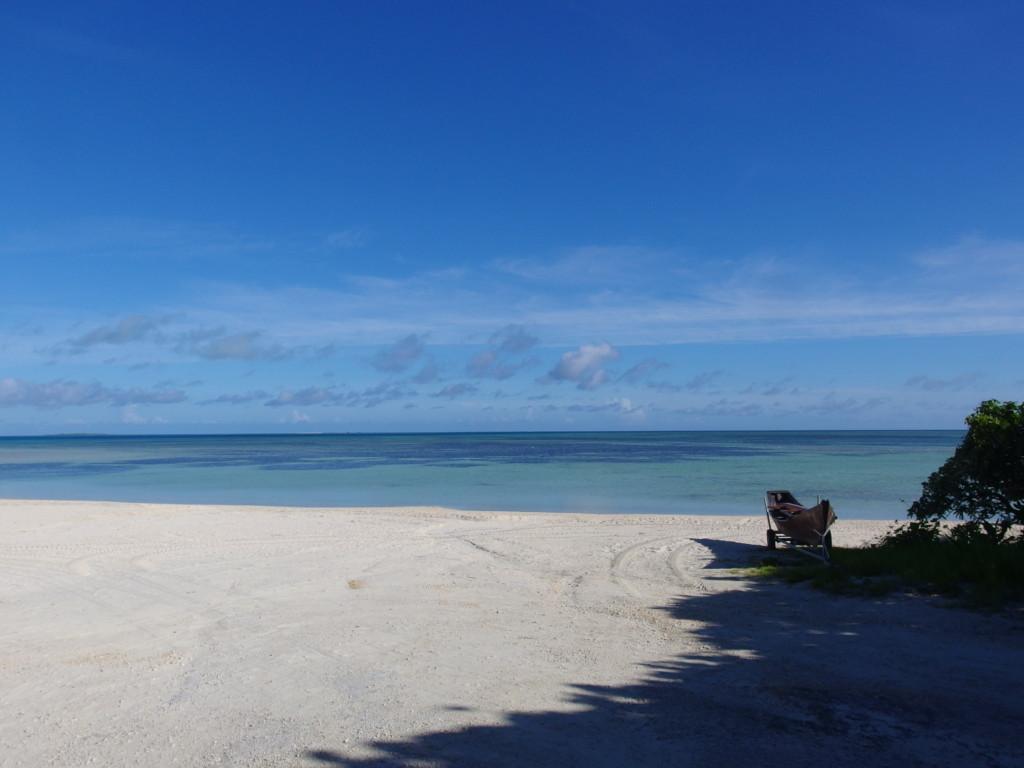 6月下旬人のいない竹富島無人で貸し切り状態のコンドイビーチ