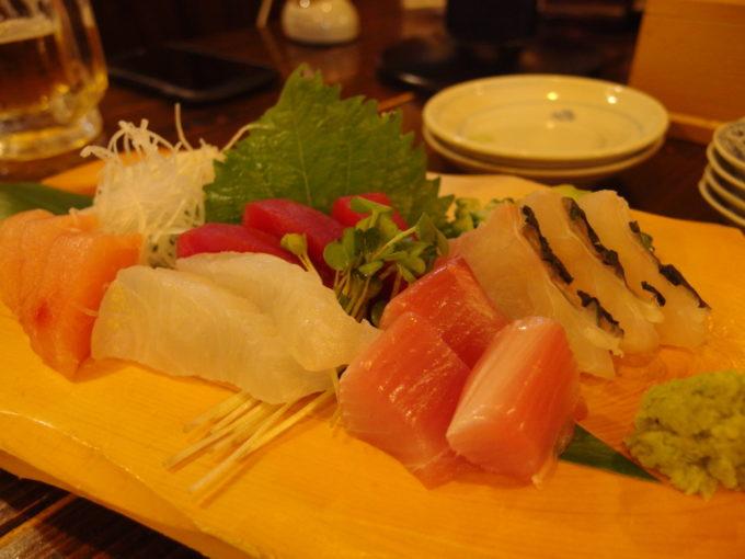 石垣島ユーグレナモール近くのすし太郎島魚刺身盛り合わせ