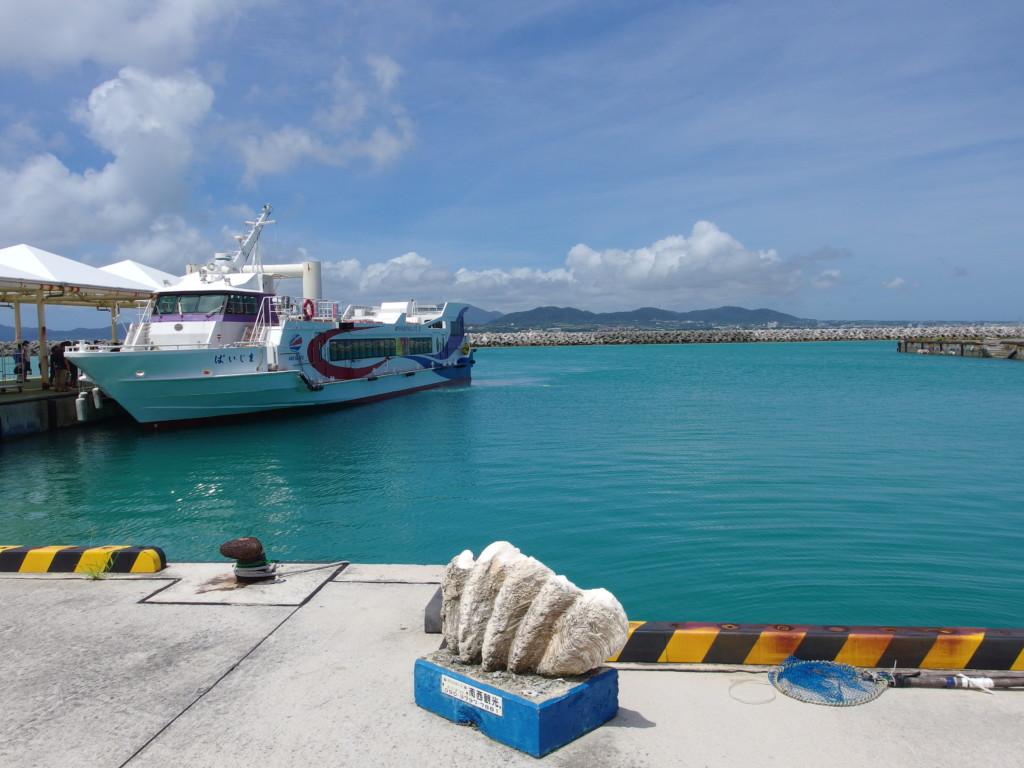 6月下旬人の少ない竹富島再訪を誓い別れを告げる