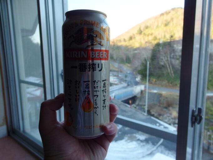 熊の湯ホテル湯上りに冷たいビールを