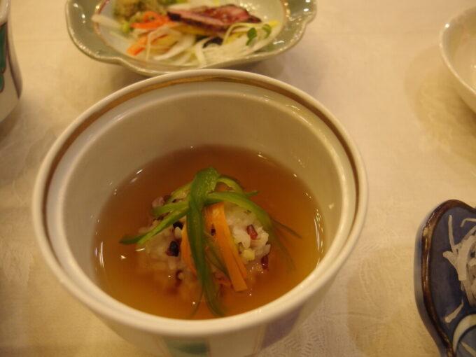 11月中旬志賀高原熊の湯2泊目夕食雑穀おこわのあんかけ