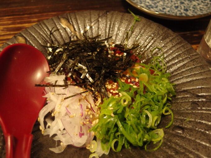 長野寺町酒場焚㐂屋馬肉のユッケ